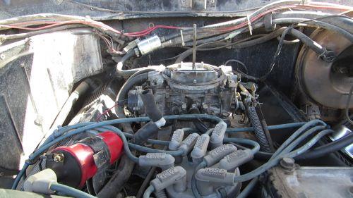 Bronco carburetor before removal